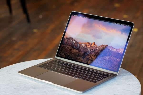 MacBook Pro评测:更强性能、更便携、更多转换器的照片 - 7