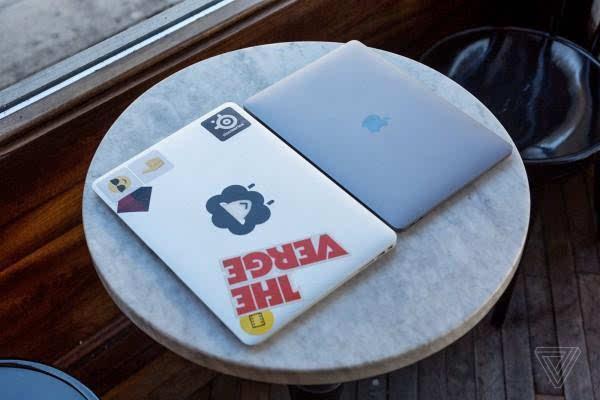 MacBook Pro评测:更强性能、更便携、更多转换器的照片 - 12