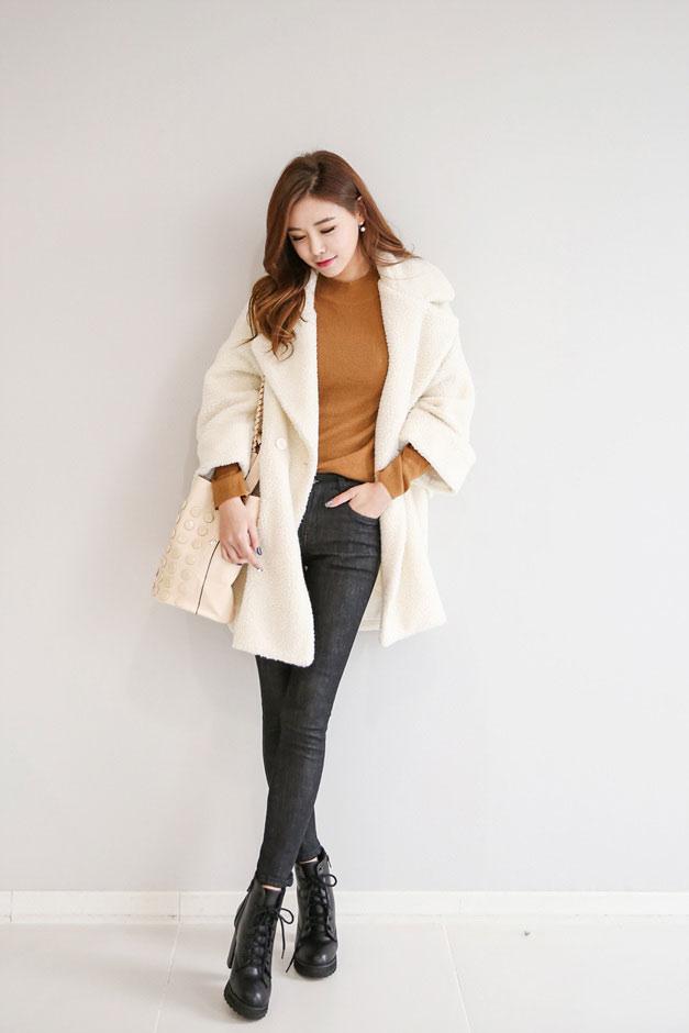 冬季女生穿衣搭配网_最新时尚矮个子女生冬季穿衣搭配穿搭术