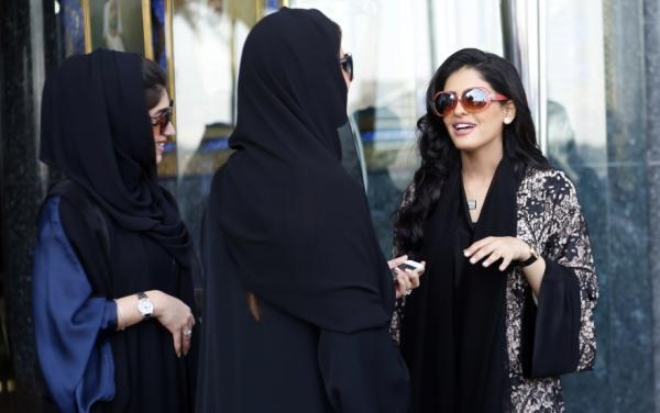 沙特王子的14岁老婆_沙特王室最高调的前王妃,美丽多金且单身!