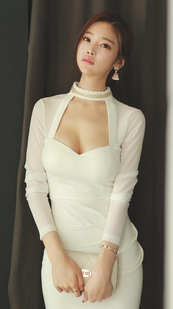 中国美女明星_又一组秒杀明星的美女照 还是白裙 养眼必备