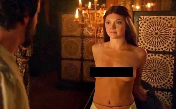 美国人自拍性交视频_美国人庆祝go topless day?真是惊世骇俗!