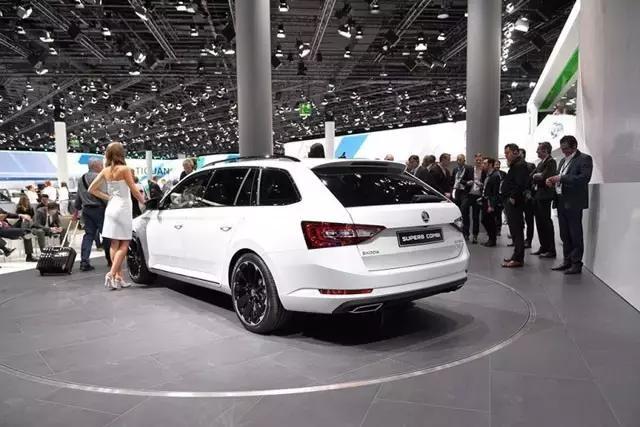 整车纯进口,比迈腾更有竞争力。空间不输A4。如果你知道这辆车,你就会买它