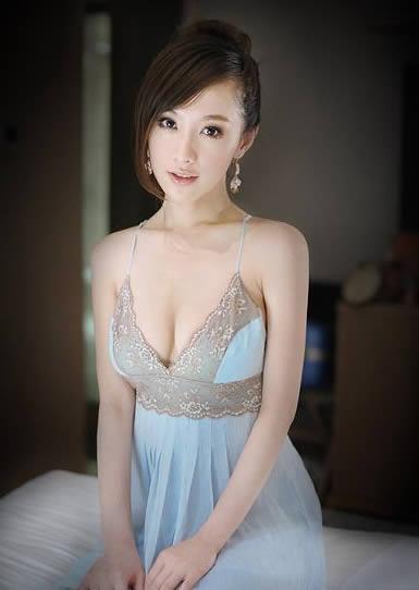 中国美女明星_中央戏剧学院马樱侨,甜美可爱,大有明星风范,不愧中戏美女.