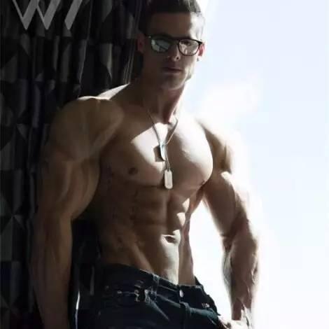 教练头像_话说,你想要的健身猛男靓妹的微信头像准备好了