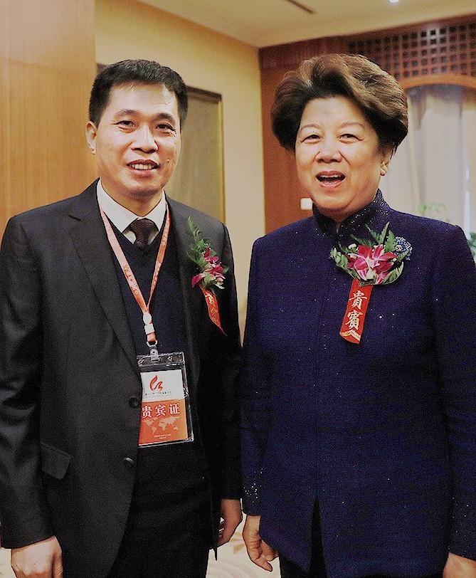 候龙涛_第十三届中国教育家大会在京举行,龙涛,肇外捧回多项