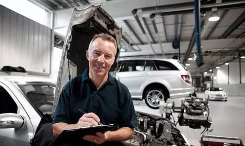 """汽修工一辈子的修车经验,点评各大品牌汽车的缺陷!"""""""