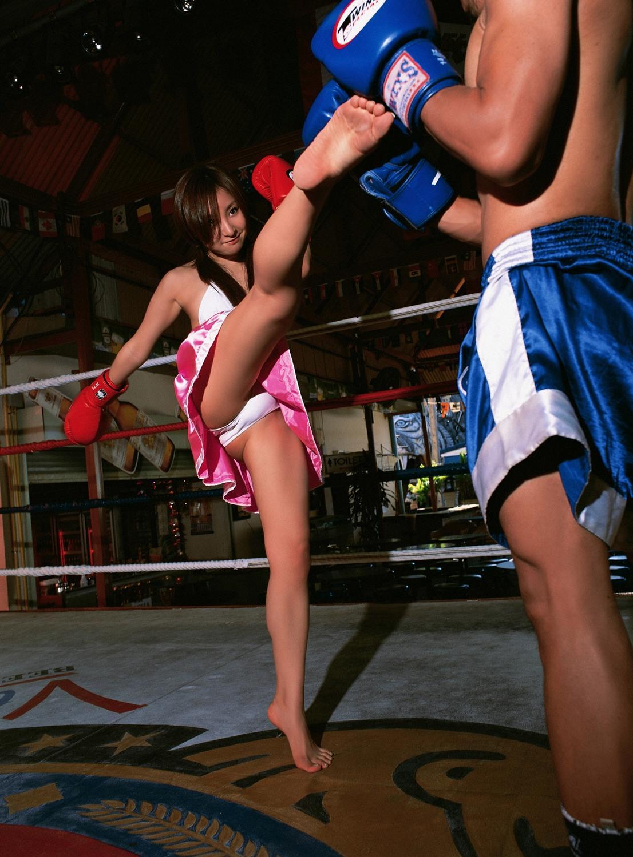 欧洲美女裸体无遮挡影露阴部阴��f_越南美女拳手:19岁身家过亿 传成龙已相中