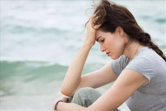 女人停月经_经期生气月经居然停了!为了健康女人都该知道真相