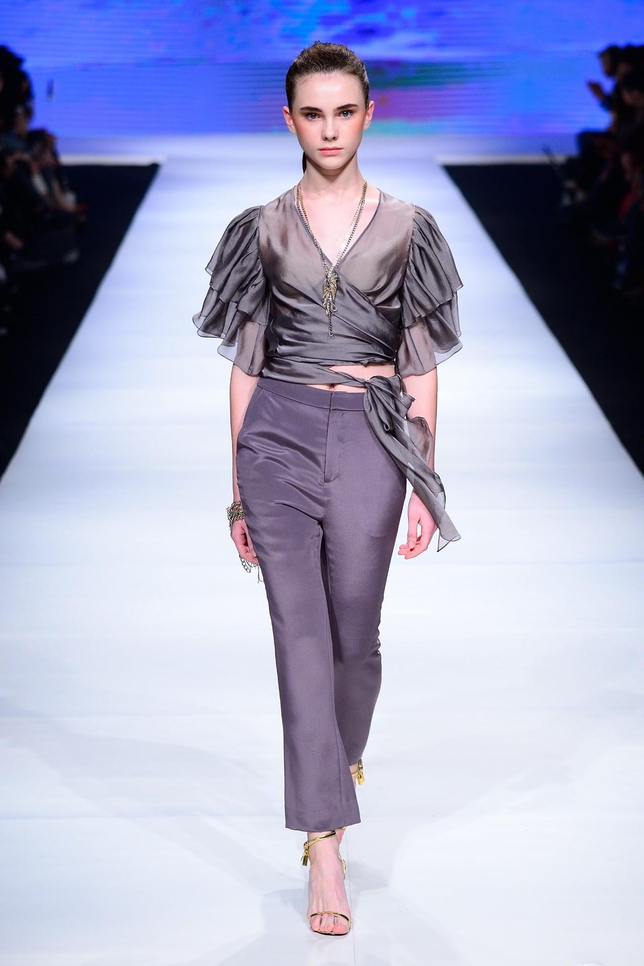 宝莱国际女装旗舰店_杭州国际时尚周上刚做完新品发布的法国女装品牌,在杭州开 ...
