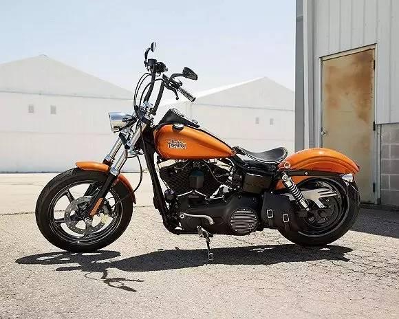 世界摩托车跑车品牌_比跑车还拉风!揭秘世界上最贵的摩托车生产过程