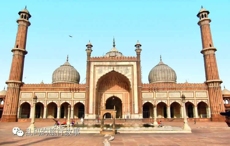 最大的清真寺_实拍亚洲最大清真寺 被印度教包围的伊斯兰信仰!_搜狐旅游_搜狐网