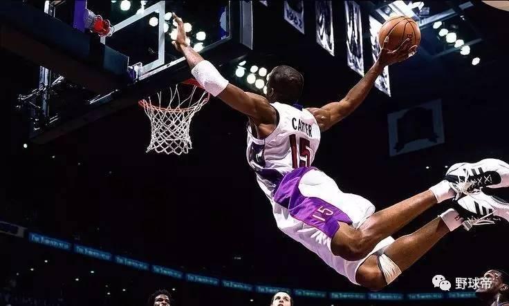 西科东艾 北卡南麦_戳中灵魂,80、90后的篮球世界是这样的……
