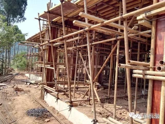 模板支架搭设流程_想在农村盖一栋真正的框架结构自建房,到底有多难