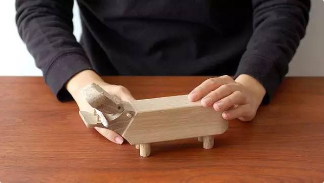 木头人囹�a_这个丹麦人童年必备的玩具,也藏着北欧设计的半壁江山