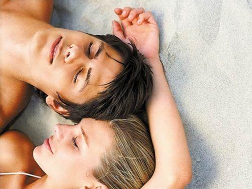 性交��.�9l����[��_服用药物后可能造成过分性冲动,使人在性交时过分用力,性动作猛烈
