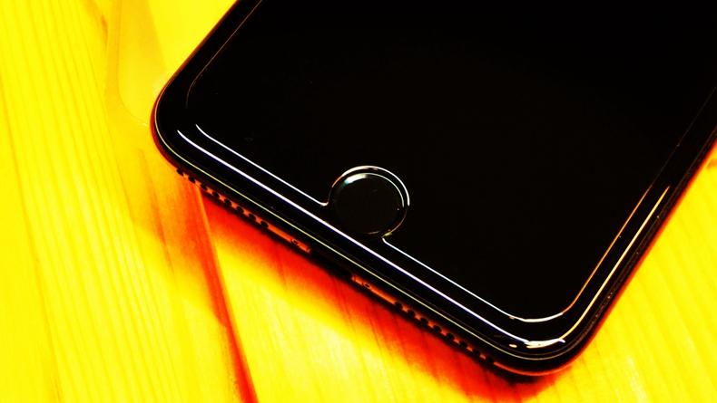 为什么iPhone 6的显示屏不亮