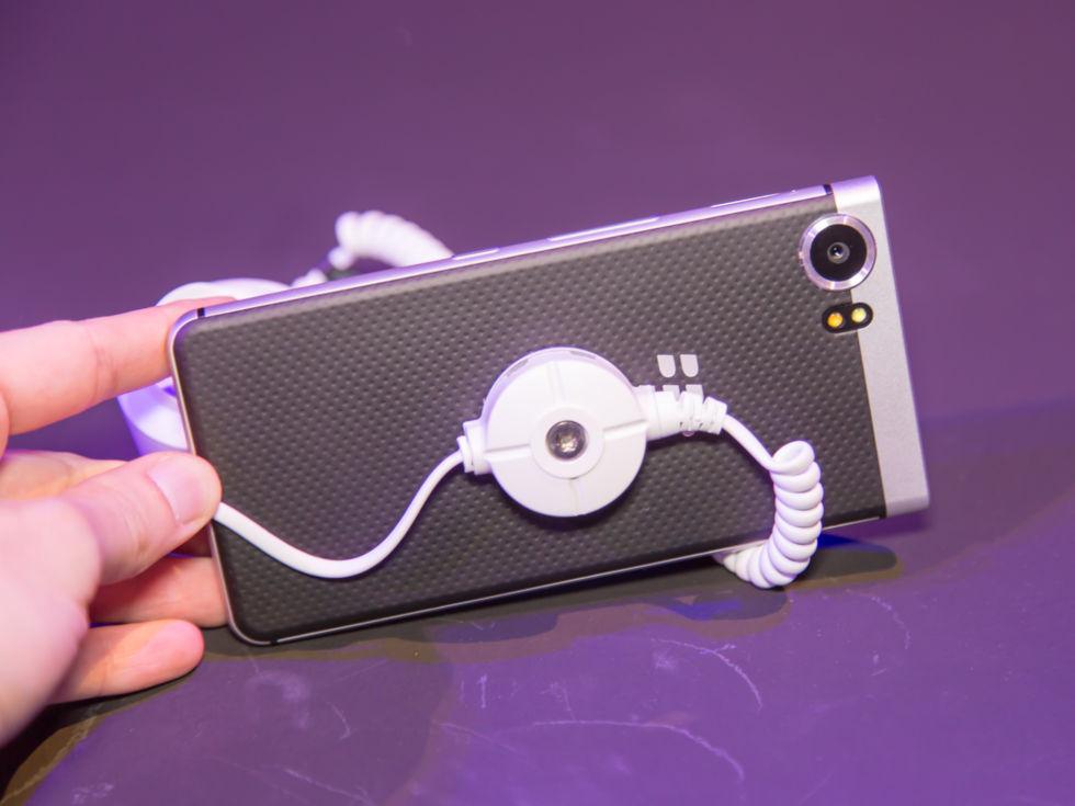 黑莓最后的倔强 带键盘的KEYone登场的照片 - 3
