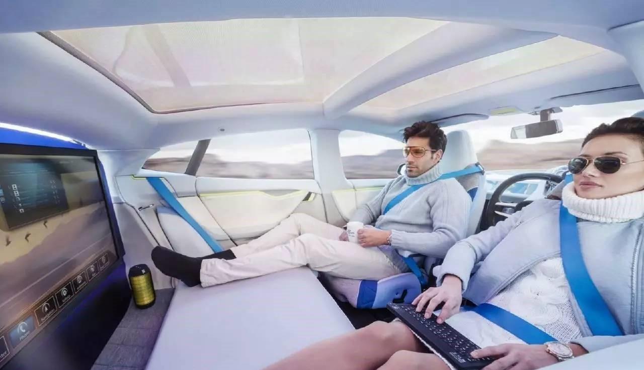 车改液化论坛成人电影_在未来,你和男朋友在车里玩游戏或看电影,汽车会自动将你们带往目的地