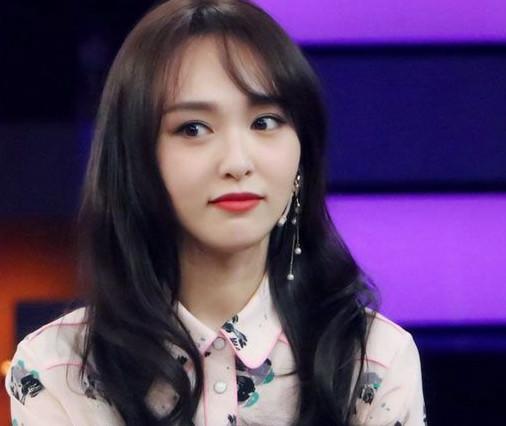 中国美女明星排行榜_2017年人气女明星排行榜前十名你最喜欢哪一个呢?