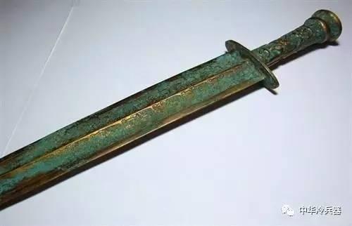 古代猎刀_古代的越王勾践剑,为何现代工艺都无法完美复刻?