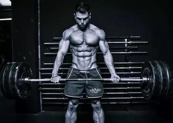 推荐几个杠铃的健身动作,让全身肌肉都硬起来!