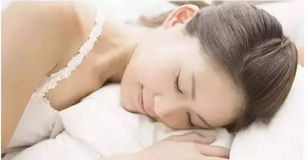 美女的裸体阴道_润滑性可有效地起到由于阴道粘膜极易因摩擦,冲撞而受到损伤引起病原