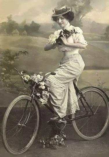 性爱春吧新地址sex8亚洲无码极品美女干到白浆_开春了   骑共享单车的我又潇洒又环保,还无比时髦.