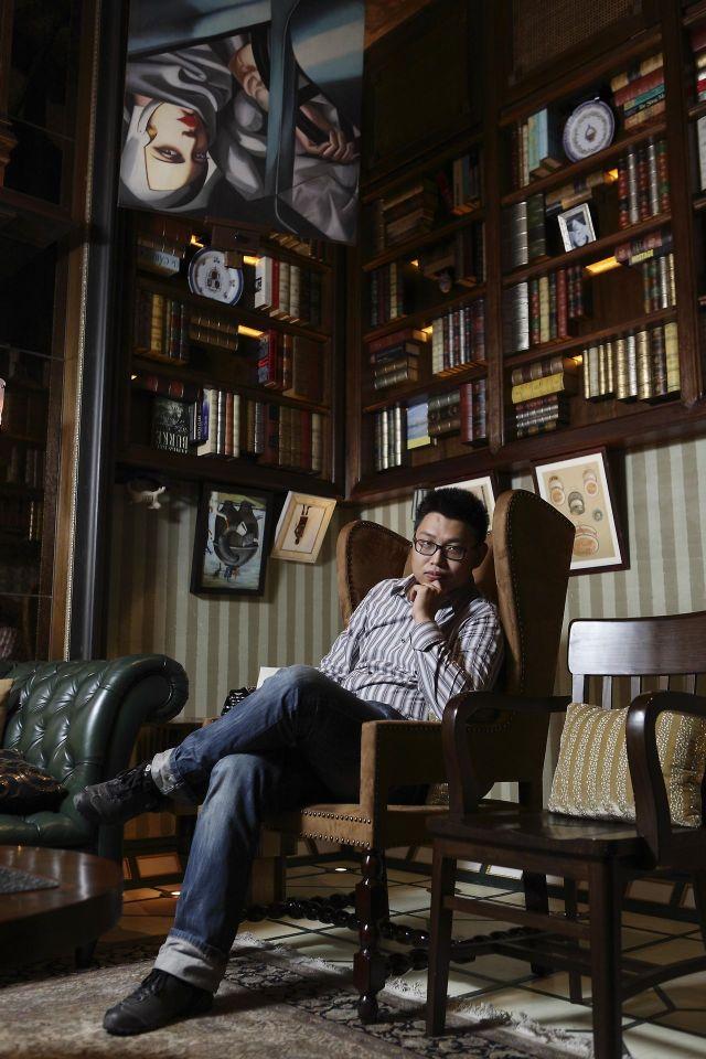 爱情公寓3歌曲歌词_甘世佳丨你可能听过他给薛之谦填词的《丑八怪》