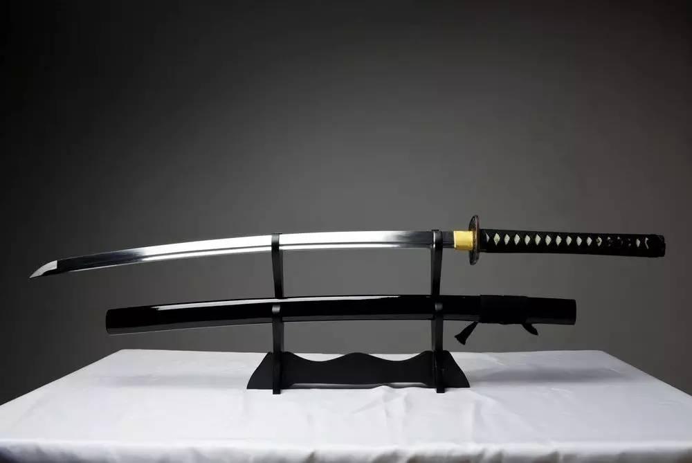 日本武士刀_武士刀,日本的无上荣光