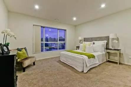 wwwshare444com_背景墙 房间 家居 起居室 设计 卧室 卧室装修 现代 装修 444_295