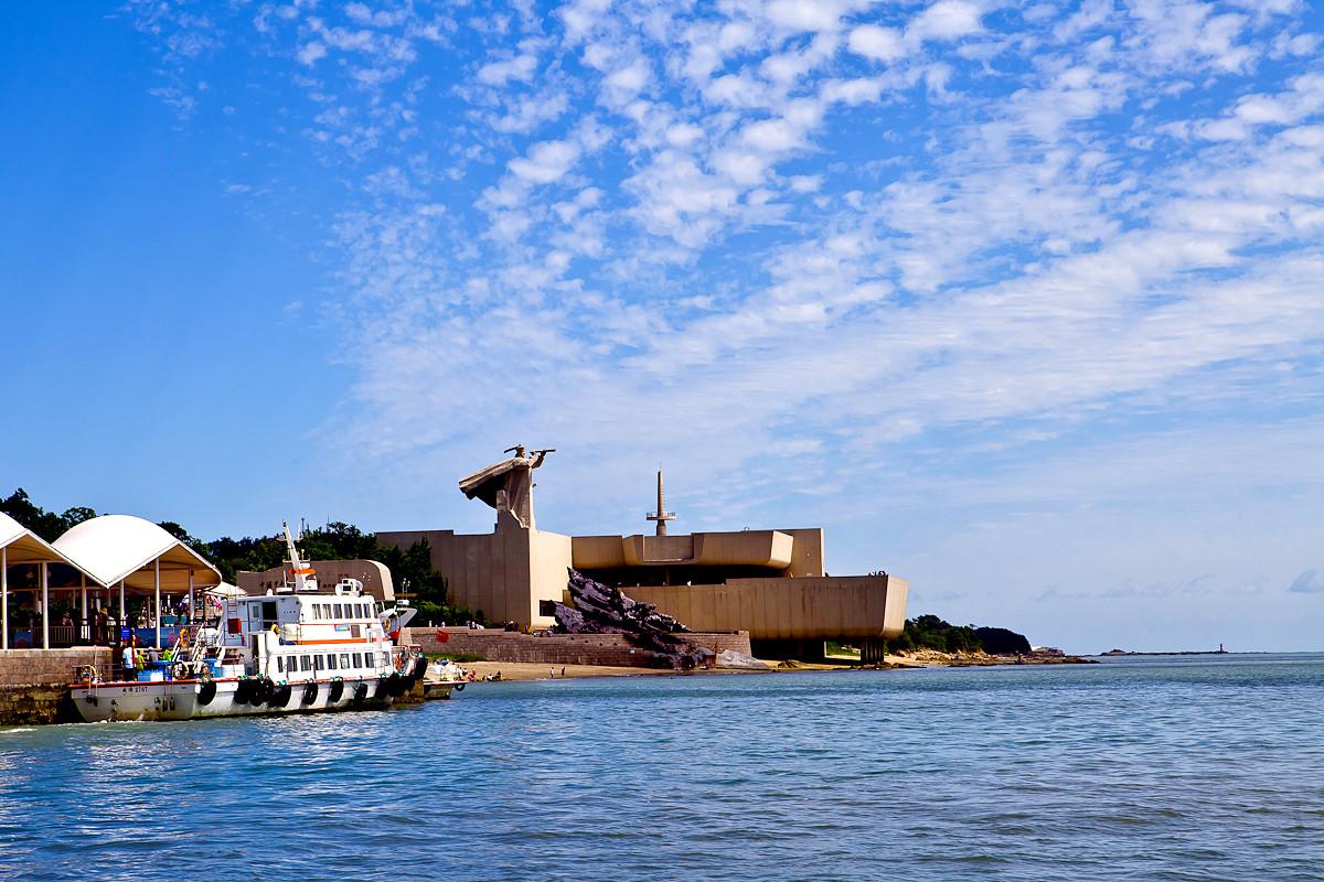 """威海刘公岛简介_威海有一座刘公岛,被誉为""""不沉的战舰""""_搜狐旅游_搜狐网"""