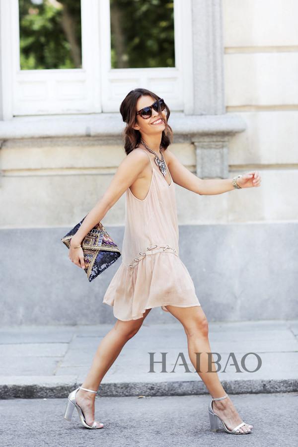 腻害||袜套式粗跟短靴、穆勒粗跟鞋:我只想舒服又时髦的出街 ...