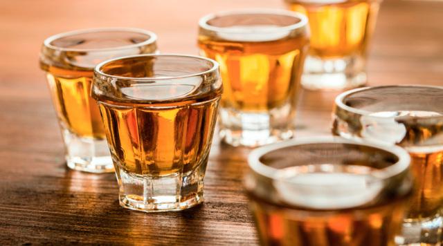 喝酒的肝图片_这件事致癌还伤肝,有的人却做上了瘾_搜狐健康_搜狐网