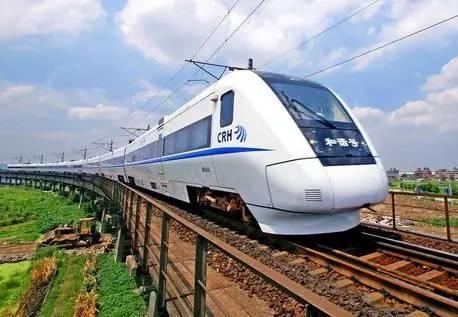 双龙高铁线站带你体验客家文明之旅