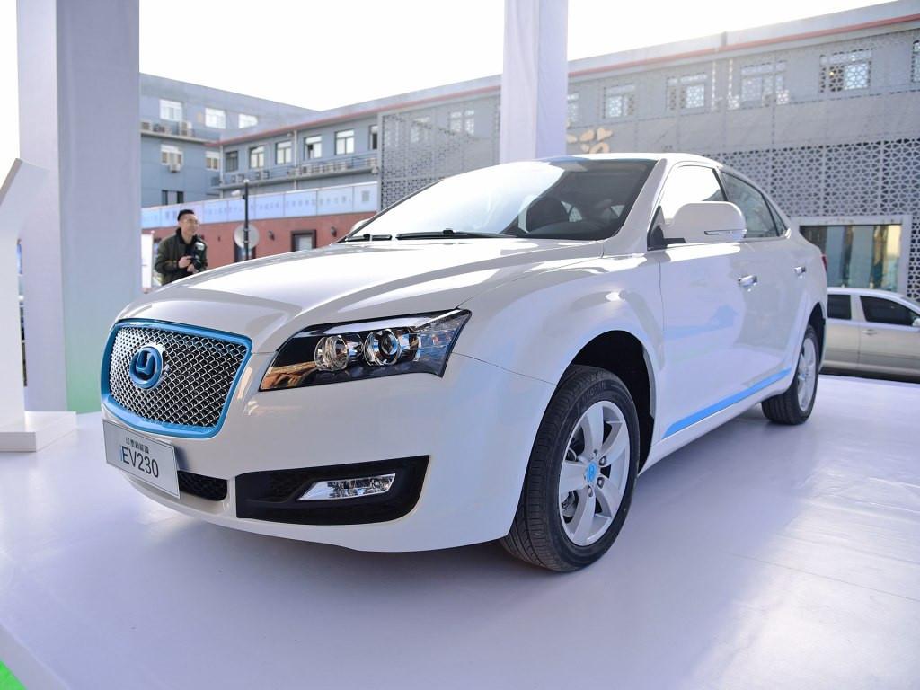 优异的性能和低廉的价格是这款电动车最大的优势