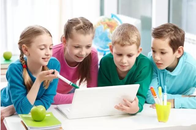 儿童教育为中心
