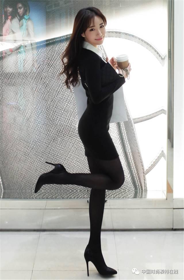 冬季黑色包臀裙搭配_黑丝袜搭配包臀裙, 增加衣身美观性,打造自信柔媚气质