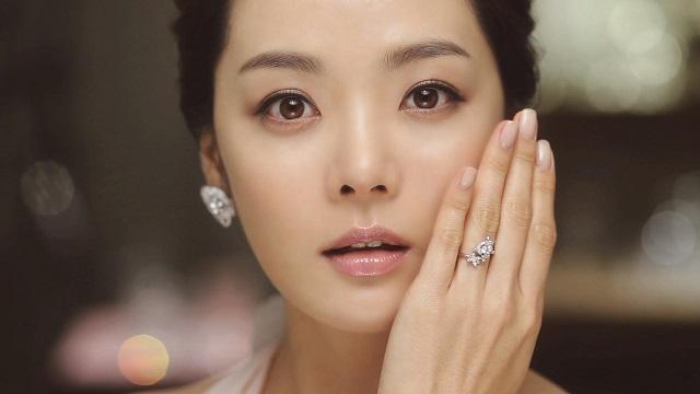 嫁给外国人的女明星_嫁给中国人的韩国女明星,蔡琳和秋瓷炫,很美很享