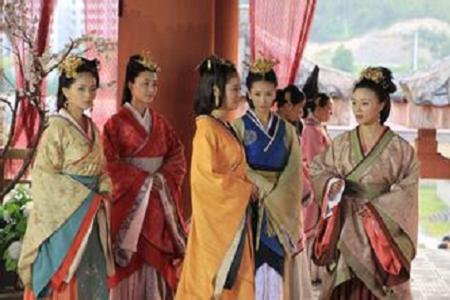 古代后宫嫔妃等级_汉代时,皇帝后宫嫔妃等级划分,你能想到吗?