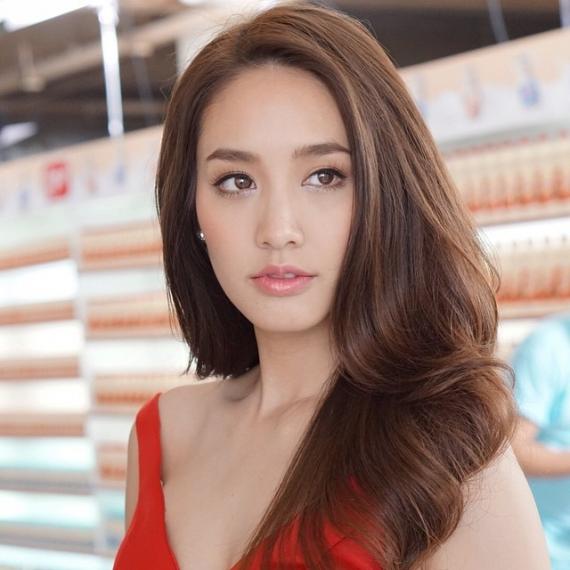泰国女明星_泰国女星min,原名:pechaya wattanamontree