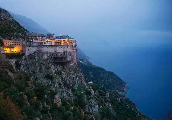 """全球唯一""""男人国""""希腊阿陀斯山(Mount Athos), 禁止女性进入_奇象网"""