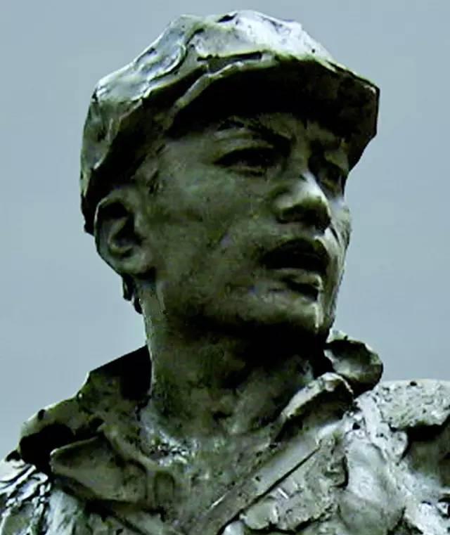 毛光烈_著名雕塑家:王世刚的肖像雕塑