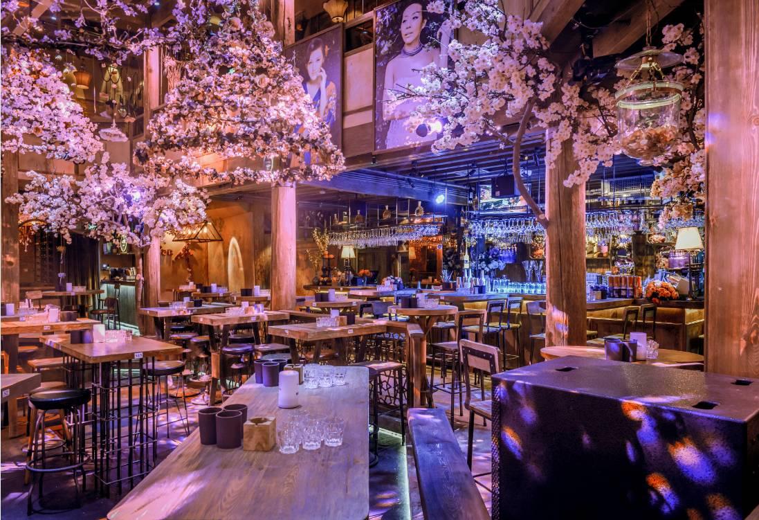 繁花酒吧人均消费多少_繁花酒吧