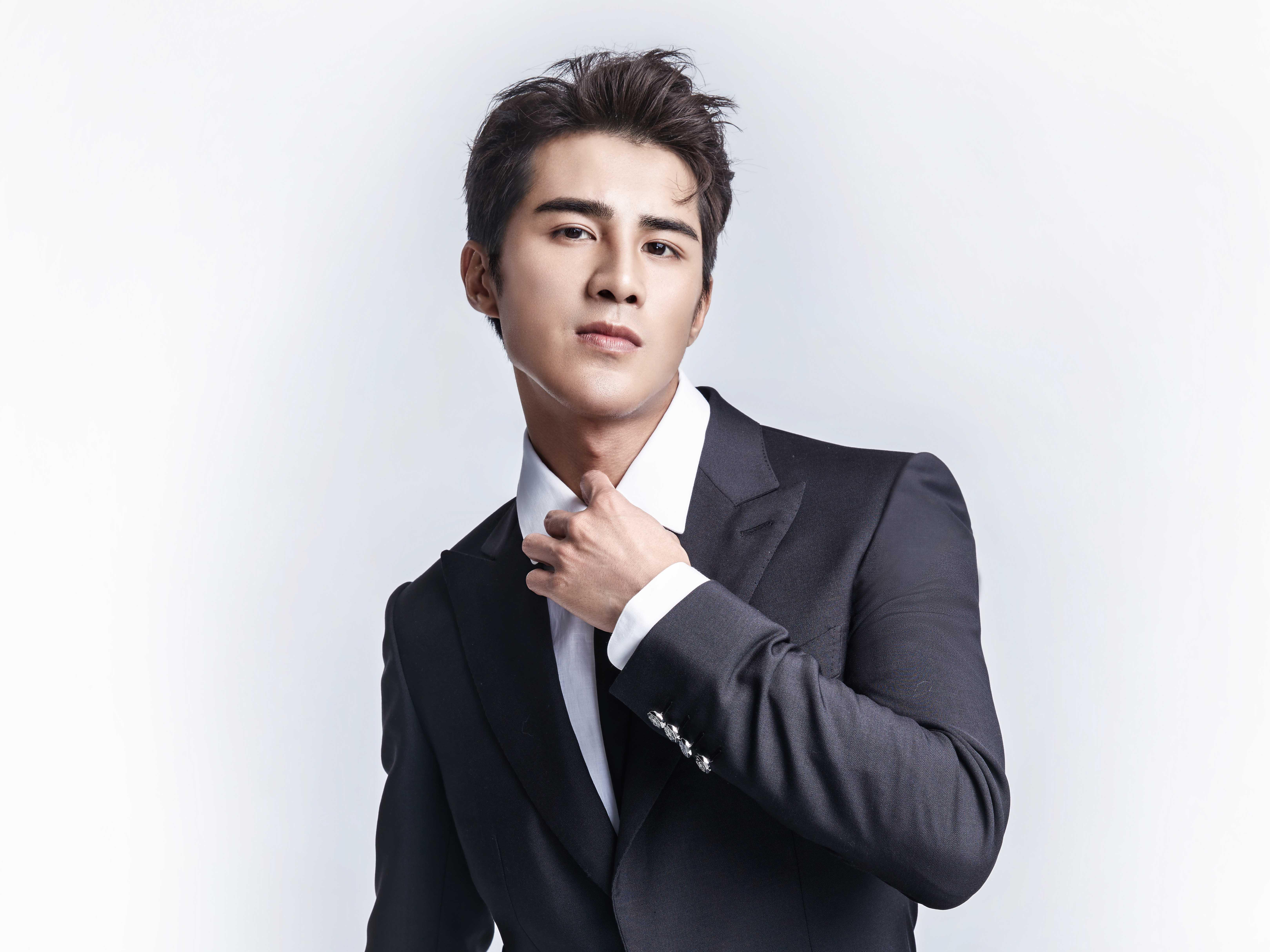 电影男演员_姜潮获亚洲新媒体电影节最受欢迎男演员提名