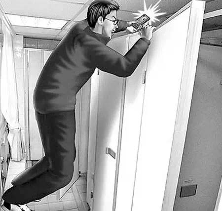 偷拍女人上厕所拍逼��)�h�_佛山女子公司上厕所遭偷拍,手机恰拍到人脸和