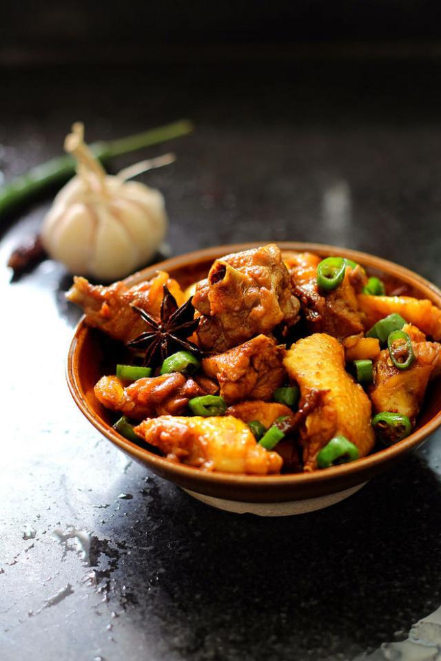 永平黄焖鸡的做法_绝味黄焖鸡做法,简单易上手~在家做更加的健康!