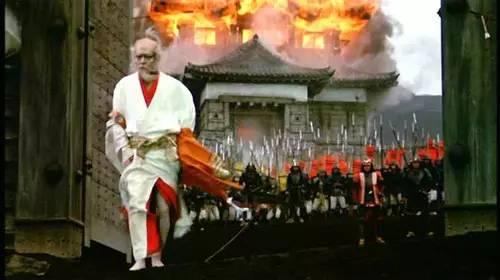 南京新华书店_报名 | 本周四晚,我们共同赏析电影《乱》