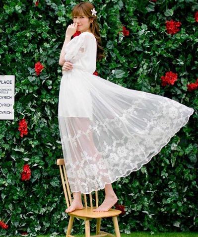 雪纺长裙修身减龄 哪一种风格适合你?