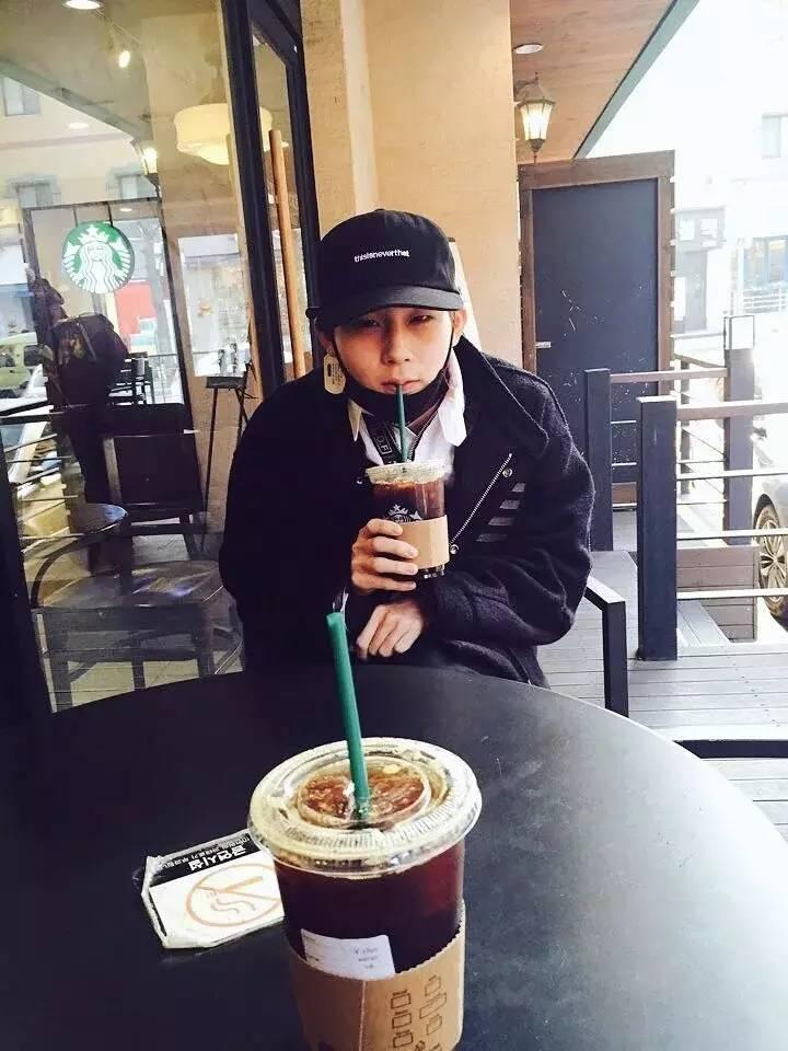 韩国人为什么这么爱喝咖啡,还偏偏是超苦的咖啡呢?